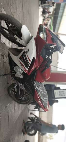 R15 Yamaha red white color