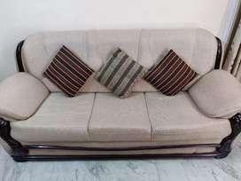 7 seater Sofa Set- Beautiful beige colour