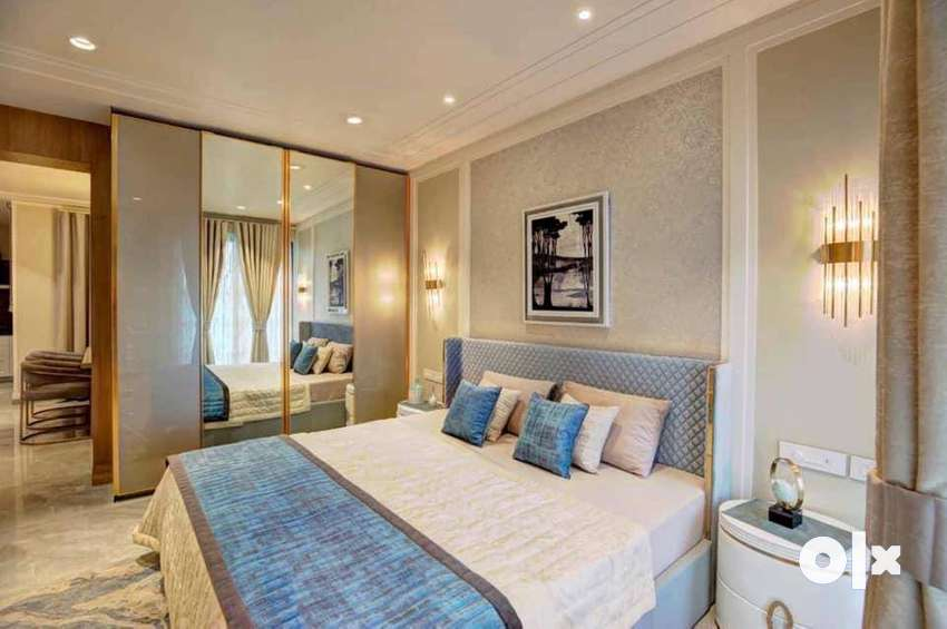 4BHK Flat in Sector 82 Airport Road For Sale 0
