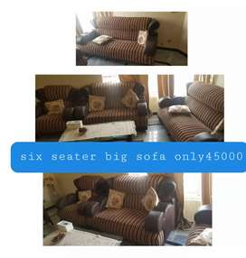 Aoa 6 seater sofa set for sale urgent very low price
