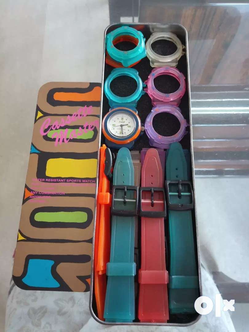 Water resistant sports watch 0