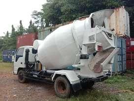 Jual Truck Mixer 3 kubik tahun 2007