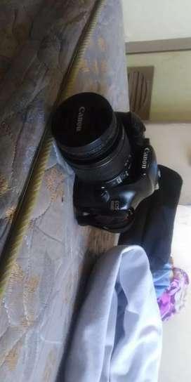 Canon EOS 1100D lensa 18-55