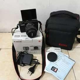 BU. Canon EOS M100 Lensa 14-45mm STM lengkap dengan box seisinya