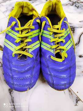 Star impact Football boot in very good condition use only 6 months