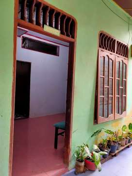 Disewakan rumah khusus muslim,  utk anak mahasiswa atau keluarga kecil