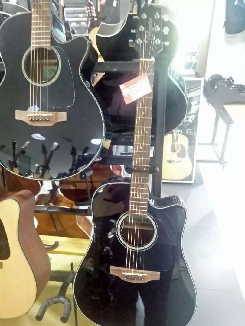 Takamine E/Acoustic Guitar ED2DC Kredit Jakarta 0