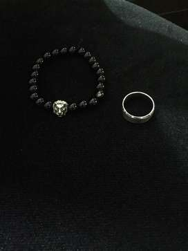 Good quality ring and bracelet!! Same as shwn on picture