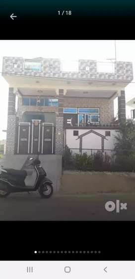 100 Gaj individual house for sale