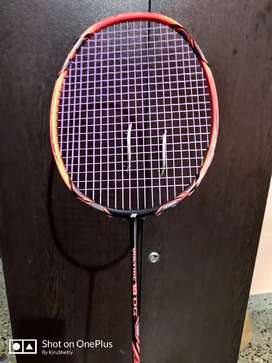 Yonex Voltric 10DG with BG 80 string barely used for 4 months.