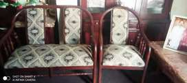 Bed room 4 seater sofa almost new ha bhot achi condition ma