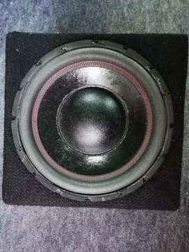 Car sub woofer 12inch 1400 wats clean and good condition