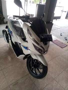 Honda PCX ABS second rasa baru