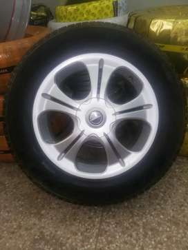 17 inch tyres and rim pirelli scorpion verde 225/65/17 4 tyres rims