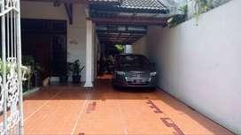 Rumah di Komplek Kemang Jaya, Kemang, Jakarta Selatan
