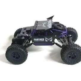 Mainan Mobil Remote Control Rock Crawler Black Panther Wheel Drive