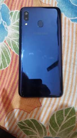 samsung a20 3gb ram 32rom fine and scratcheless condition