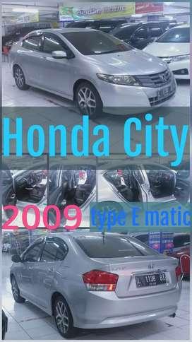 PAKET AKHIR TAHUN khusus 30 pembeli Honda City 1.5 E matic 2009 silver