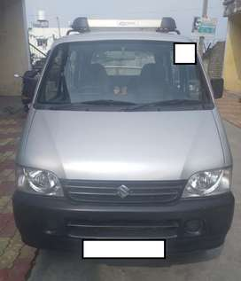 GJ-05, June-2014, Silver EECO 7str CNG+Petrol, 1st owner-Moving abroad