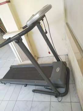 Treadmill attack runner