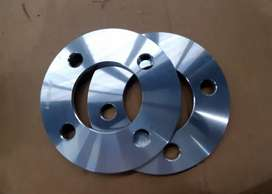 Brand new  wheel spacer for car