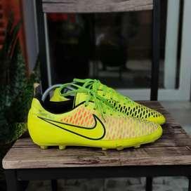 Sepatu Bola Nike Magista Onda HG-E Yellow