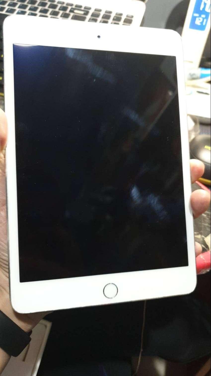 ipad mini 4 16gb cell white 0