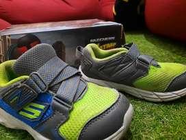 Sepatu Skechers Ori second layak pakai