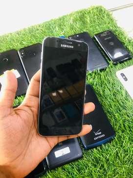 Samsung s7 4 Gb ram 32 Gb storage