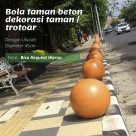 Bola taman beton  dekorasi taman / trotoar