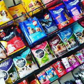 Pet food and all essential