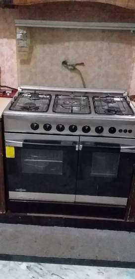 Cooking range 5 burners for sale