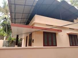 3BHK independent house near Iringadanbally 10500