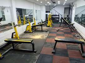 Gym set-up fully only serious buyer
