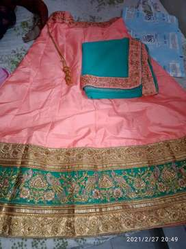 Party wear dress for lancha