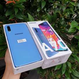 Samsung A70 6 128 gb Mulus Banget Seperti Beli Baru