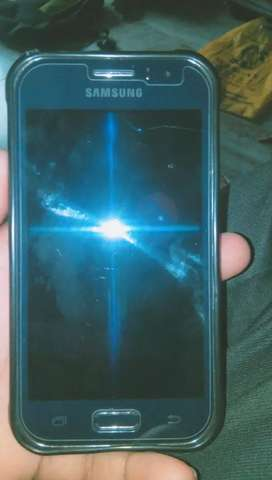 J1 phone is good condition
