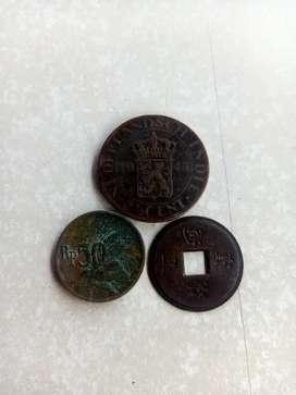Di jual uang koin besi zaman nya dahulu kala pilih aja barang ready