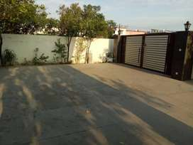 3BHK, Extra parking space,near Himalayan hospital, jolly Grant airport