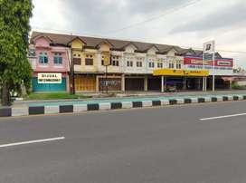 Rumah Toko / Ruko Luas Tanah:199 di Jl.Jogja - Solo Delanggu, Klaten