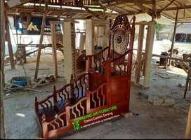 Mimbar masjid tangga kayu jati