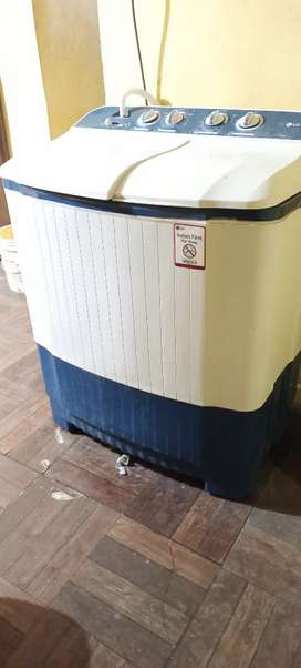 LG semi automatic washing machine 6.2kg