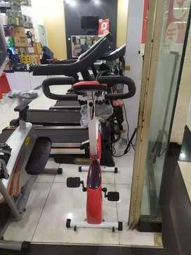 Treadmill sepeda statis home gym