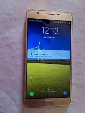 Samsung j7 prime.very good condition.3 ram 16 internal storage