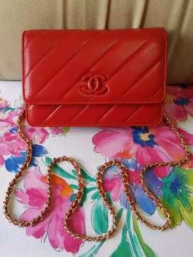 Tas import eks Chanel paris made in Italy ad no seri merah kulit asli