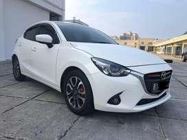 Mazda 2 R 1.5 Automatic Non GT 2015 Pemakaian 2016 Putih