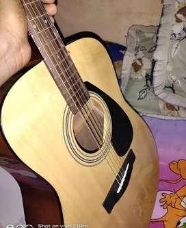 Yamaha f310 with brand new dadario strings