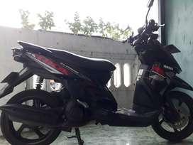 Yamaha Xride 2015 hitam