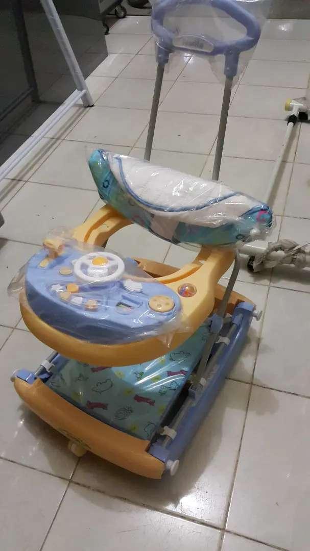 Baby walker family model mobilan 0