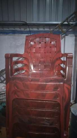 Chairs and tub chairs